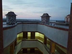 پروژه سایبان برقی محیط آبریز وسط ساختمان (1)